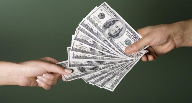 Выяснилось, что мужчины вУкраинском государстве зарабатывают начетверть больше чем женщины: цифры