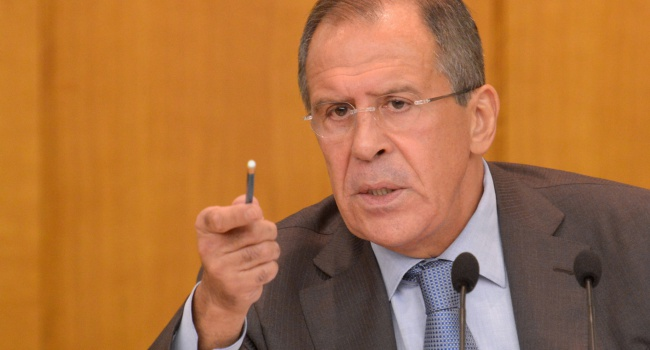 Москва иТокио стремятся кзаключению мирного контракта - Лавров