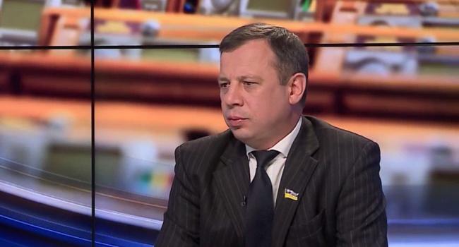 Под Харьковом стреляли изгранатомета подому народного депутата