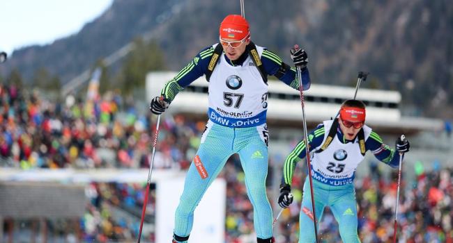 Русский биатлонист Бабиков стал 3-м вмасс-старте наэтапе Кубка мира