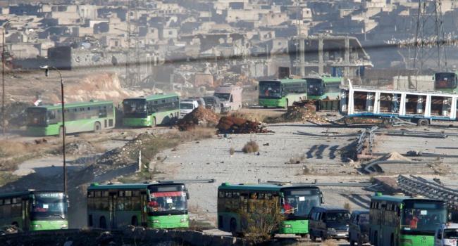 Возобновилась эвакуация людей извосточных кварталов Алеппо