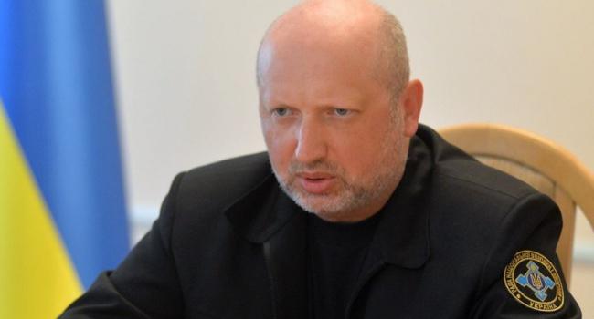 А.Турчинов призвал праздновать Рождество сегодня вместе сЕвропой