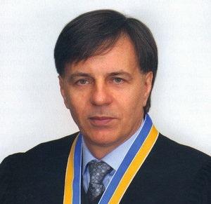 Судья ВХСУ оценил свою квартиру в центре Киева огромной площади в 27 тыс. долларов