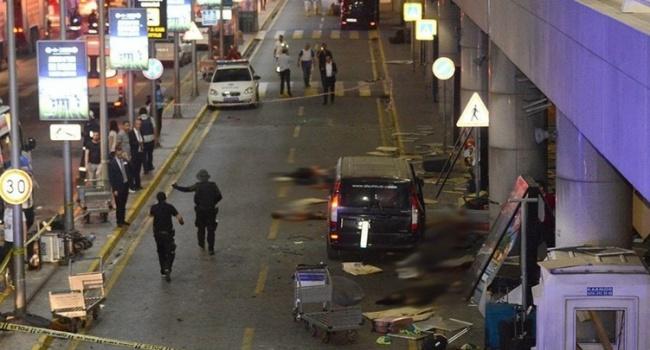 МИД Украины отеракте вночном клубе Стамбула: среди погибших— украинцев нет
