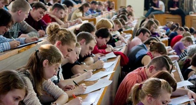 Как студентам-переселенцам можно получить социальную стипендию