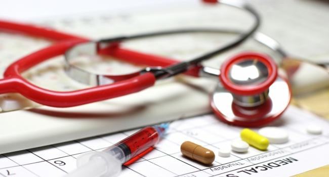 Політолог розповіла які перешкоди чекають на медичну реформу