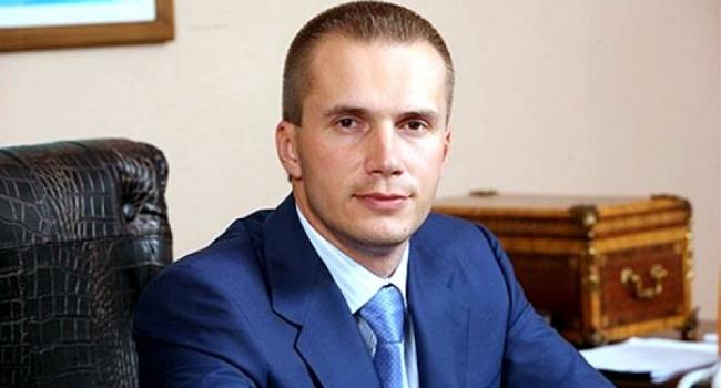 Сын Януковича открывает общий бизнес смоделью Playboy