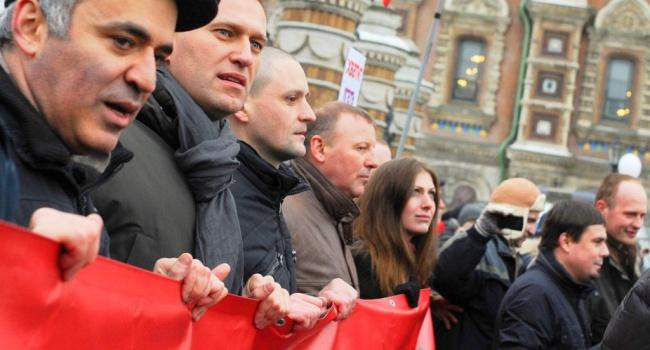 Блогер: российская оппозиция – это всего лишь легитимизация образа демократии и свободы