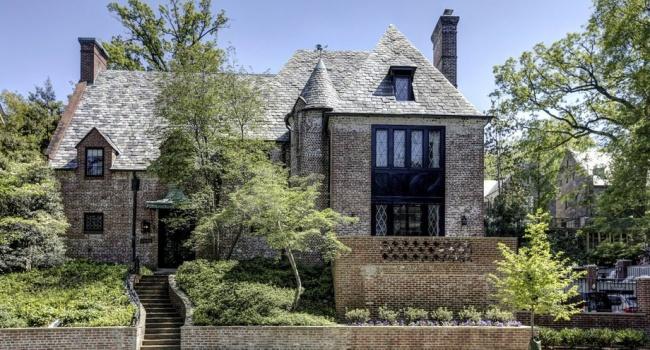 Барак Обама переезжает в роскошный дом в Вашингтоне, - фото