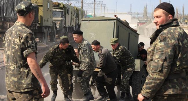 Белочка пришла: стало известно о «тяготах» жизни российских военных в Крыму