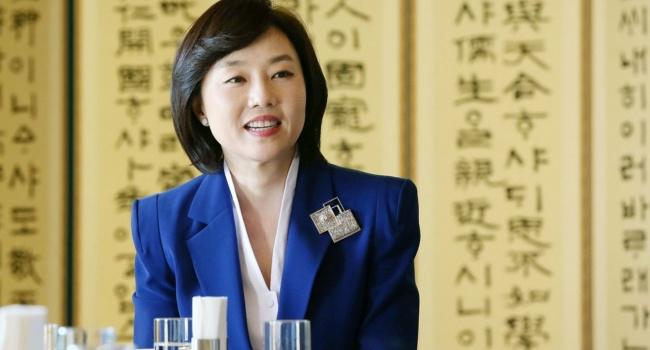 ВЮжной Корее арестовали министра культуры из-за коррупционного скандала