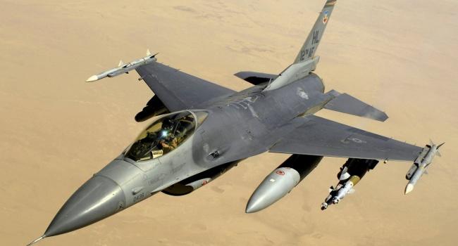 ВПольшу прибыли американские крылатые ракеты класса «воздух-земля»