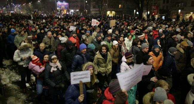 ВРумынии протестовали против помилования тыс. заключенных