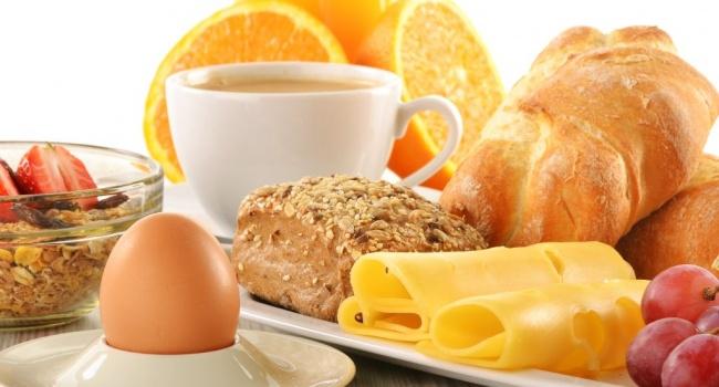 Эксперты назвали продукты, которые нельзя употреблять в утренние часы
