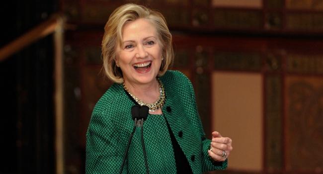 Клинтон напишет книгу опоражении напрезидентских выборах