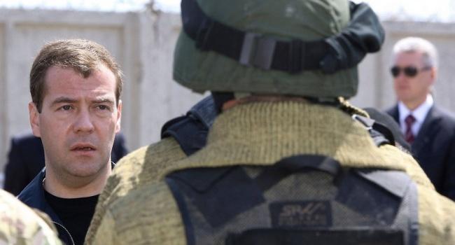 Песков прокомментировал смягчение санкций США вотношении ФСБ