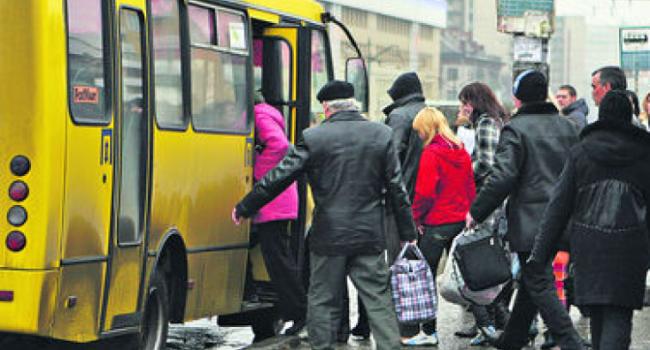 Порошенко подписал закон обэлектронном билете натранспорте