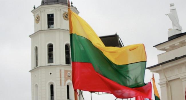Литва упростила прием наработу программистам иинженерам из Украинского государства