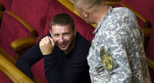 «Идут на Мариуполь»: Парасюк анонсировал расширение блокады Донбасса