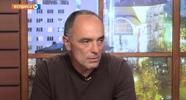 Волонтер Касьянов: революція буде, її потрібно готувати