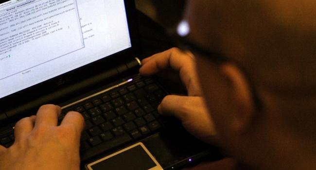 В СБУ заявили про затримання хакерів, які співпрацювали з РФ