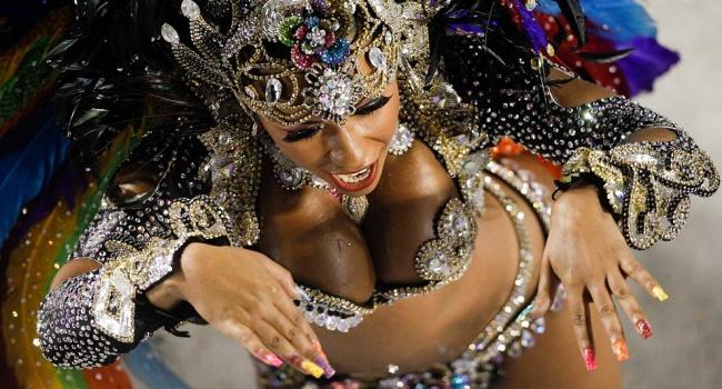 Карнавал в Рио начался с серьезного скандала