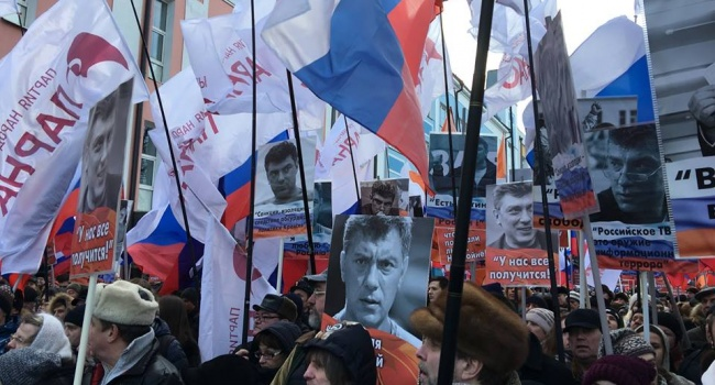 Портников: Путин понимает, что даже мертвый Борис Немцов может стать символом новой России