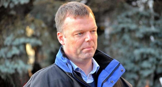 Хуг не исключил новую вспышку ожесточенных боев на Донбассе