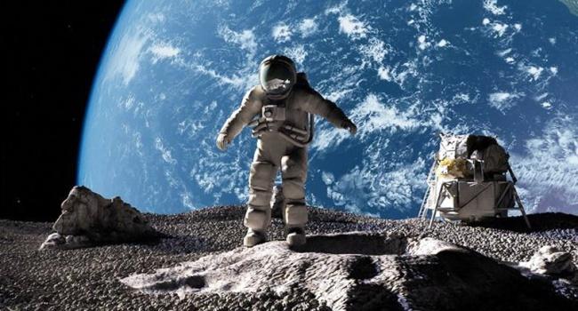Відомо, коли на Місяць полетять туристи