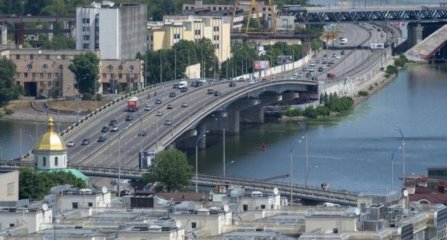 В Києві почали перевірку мостів