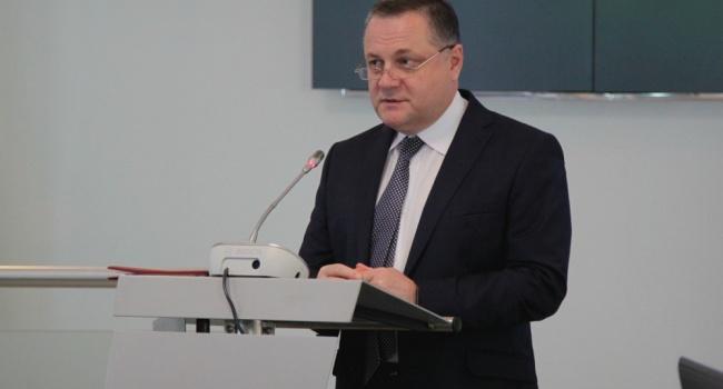 МЧС Российской Федерации сократит поставки гуманитарной помощи наДонбасс