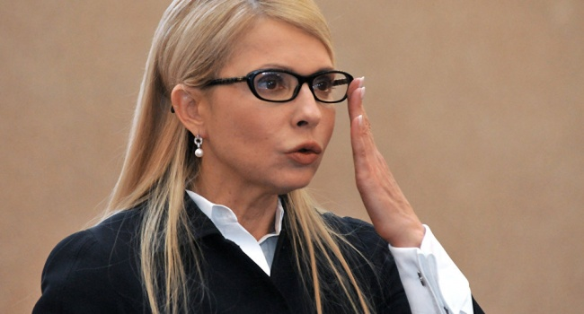 Тимошенко: вУкраинском государстве введено внешнее управление
