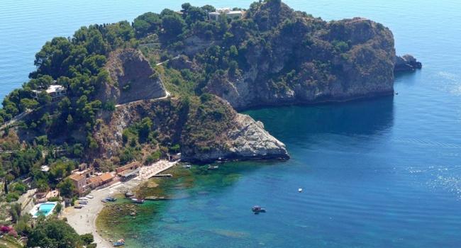 Уберегов Сицилии найден старинный корабль ссокровищами Атлантиды
