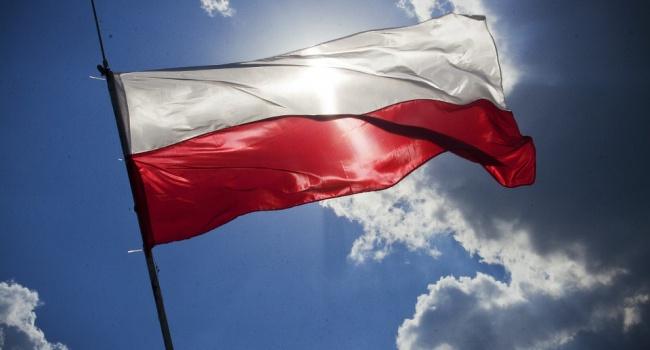 Руководство Польши аннулировал документ омиграционной политике