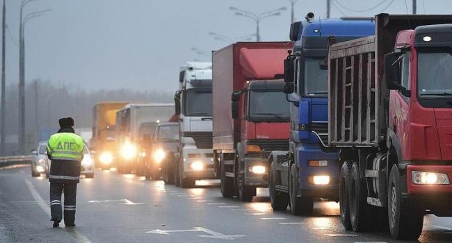 Пионтковский: скоро начнется опасная для властей России забастовка дальнобойщиков