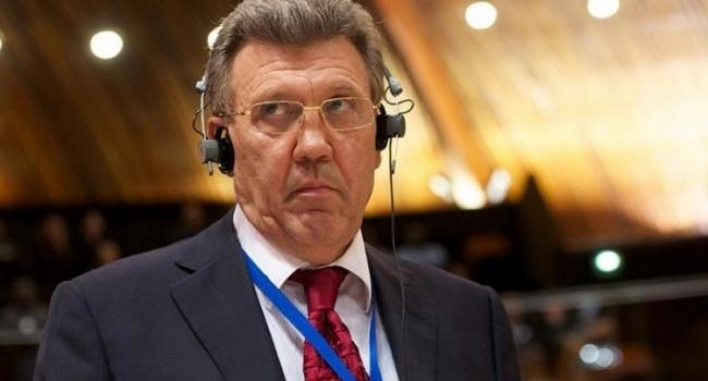 Порошенко убрал Кивалова изВенецианской комиссии и отыскал ему замену