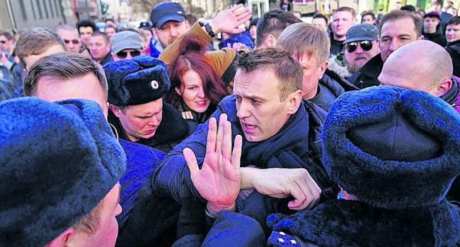 Блогер: любая власть РФ будет рассматривать Украину как буфер, или Украину, включенная в состав России, как буфер