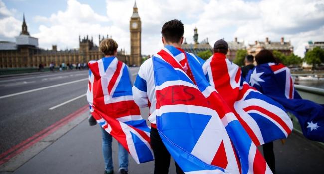 Тереза Мэй подписала извещение овыходе страны изЕС: Brexit запущен