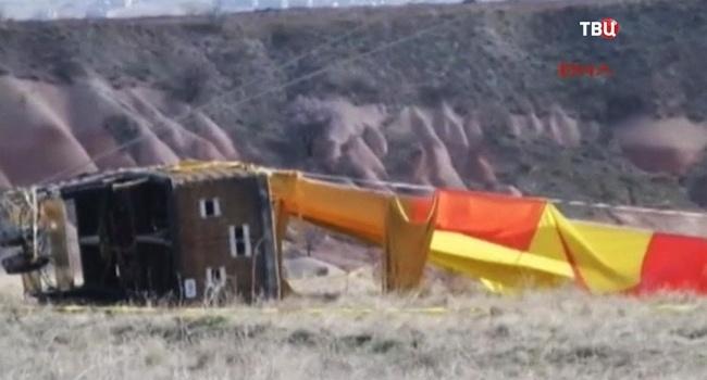 В Інтернеті з'явилося відео падіння повітряної кулі в Туреччині