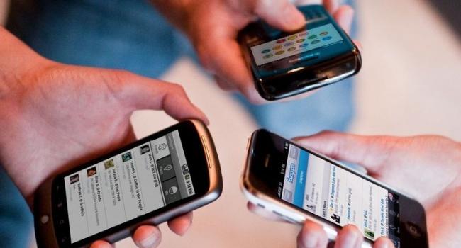 Мобильный телефон провоцирует появление опухоли мозга- суд Италии
