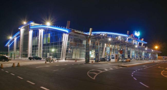 Аэропорт Жулян разошелся слоукостером Ryanair из-за денежных средств