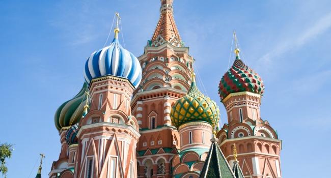 Макрон: напосту президента продолжу разговор сРоссией