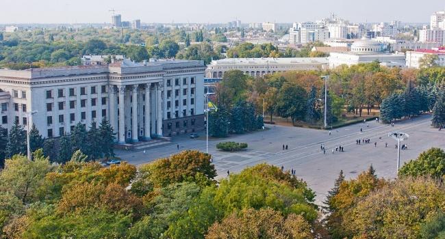 Милиция ищет «минировавших» университеты иДом профсоюзов, схвачен мужчина— Ситуация вОдессе