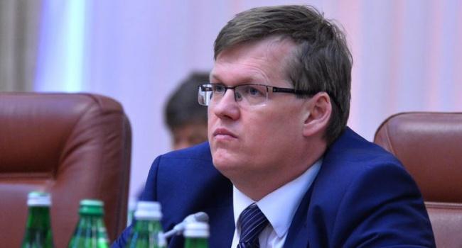 Минздрав просит Кабмин запретить поставки фармацевтических средств русского производства