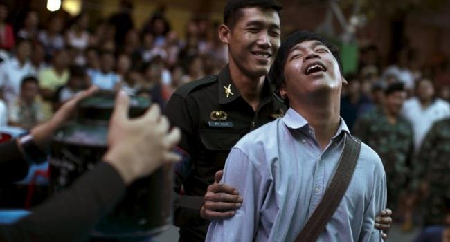 Таиландских призывников от службы в армии может спасти жребий