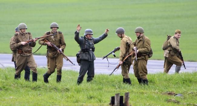 Карл Волох: победу нам завоевала черная солдатская косточка, а не коммунячий генеральский тыл