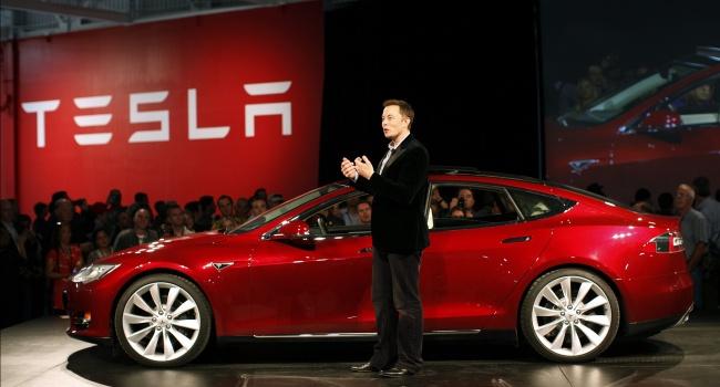 «Тесла Моторс» оказалась самым банальным «пузырем» с колоссально завышенной стоимостью, – эксперт