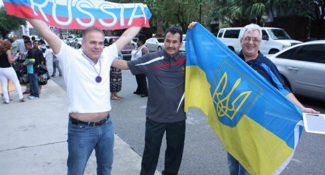 Корреспондент: Россия и Украина все еще в советском дер@ме, однако Украина начинает из него выбираться
