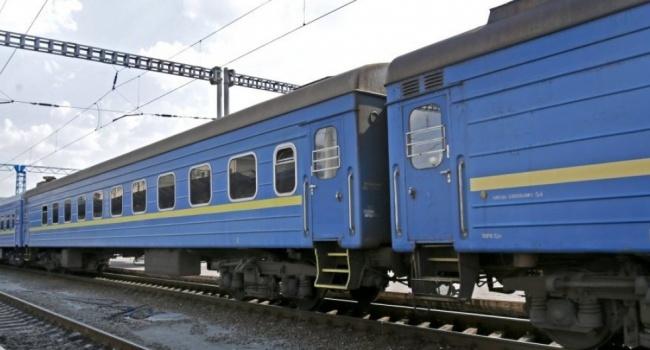 ИзХарькова начнут ходить сезонные поезда кморю
