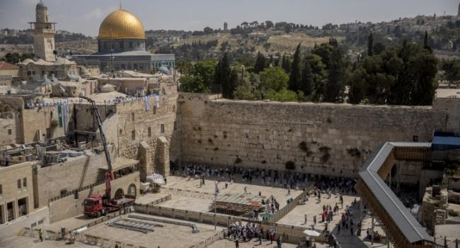 Американские дипломаты «отобрали» Стену Плача у Израиля
